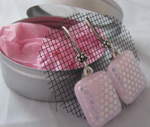 Pink_tin1