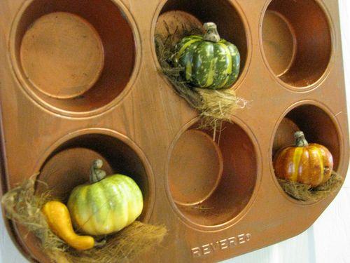 Pumpkin muffin tin3